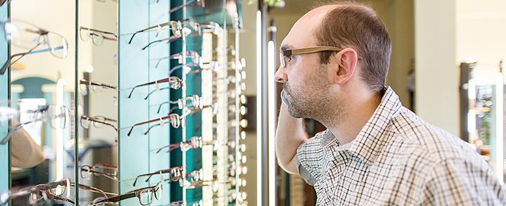 Pestel Optik in Dresden legt größten Wert auf optimal angepasste Brillen.