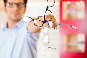 Umfangreiches Brillenangebot bei Pestel Optik in Dresden, Optimale Brillen für die ganze Familie gibt es bei Pestel Optik in Dresden. Sparen Sie jetzt mit unserer Familien-Rabattkarte.