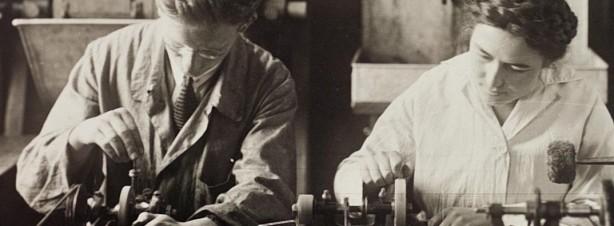 Alte Fotografie der Pestel Optik, Meisterleistung – 180 Jahre Pestel Optik in einer Ausstellung